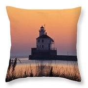 Wisconsin Point Lighthouse - Fs000216 Throw Pillow
