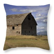 Old Big Sky Barn Throw Pillow