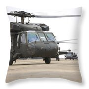 Uh-60 Black Hawks Taxis Throw Pillow
