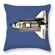 Space Shuttle Discovery Throw Pillow