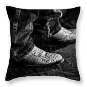 20120928_dsc00448_bw Throw Pillow