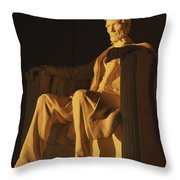 Abraham Lincoln Statue In Lincoln Throw Pillow