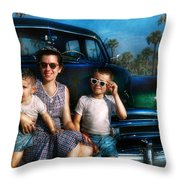 Americana - Car - The Classic American Vacation Throw Pillow