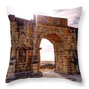 Arch Of Triumph Throw Pillow