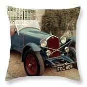 Auto: Alfa-romeo, 1933 Throw Pillow