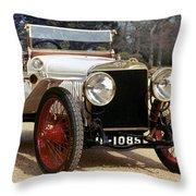 Auto: Hispano-suiza, 1912 Throw Pillow