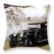 Auto: Rolls-royce, 1925 Throw Pillow