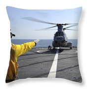 Boatswain's Mate Directs A Ch-46 Sea Throw Pillow