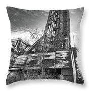 Buffalo Bridges 10624b Throw Pillow