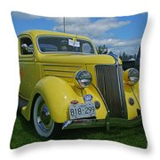 Ca9693-12 Throw Pillow