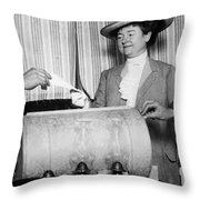 California: Woman Voting Throw Pillow