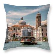 Canal Grande. Venezia Throw Pillow