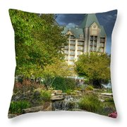 Chateau On The Lake Throw Pillow