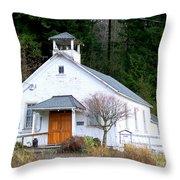 Christs Church At Elbe Washington Throw Pillow
