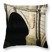 City 0016 Throw Pillow