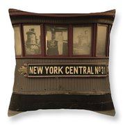 City 0054 Throw Pillow