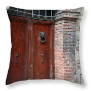 City 0055 Throw Pillow