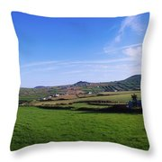 Co Kerry, Dingle Peninsula, Dunquin Throw Pillow