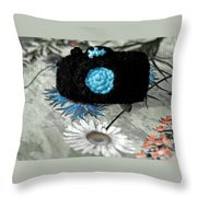 Crochet Camera Bw Throw Pillow