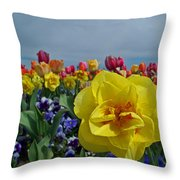 Daffodil Up Front Throw Pillow