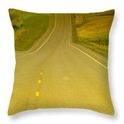 Dreaming Up A Curve Throw Pillow