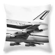 Enterprise Shuttle Nyc -black And White  Throw Pillow by Regina Geoghan