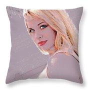 Eyes Of Beauty Throw Pillow