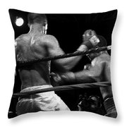Fight Game Throw Pillow