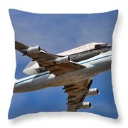Final Flight Endeavour Throw Pillow