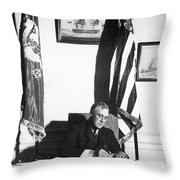 Franklin D. Roosevelt, 32nd American Throw Pillow