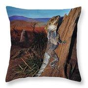 Frill-necked Lizard Throw Pillow