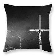 Good Friday - Crucifixion Of Jesus Bw Throw Pillow