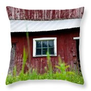 Good Ole Red Barn Throw Pillow