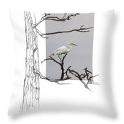 Great Egret - Gnarled Tree Throw Pillow