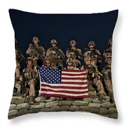 Group Photo Of U.s. Marines Throw Pillow