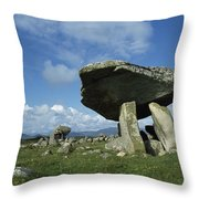 Kilclooney, Co Donegal, Ireland Dolmen Throw Pillow