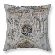 la Chapelle du Saint Esprit Throw Pillow
