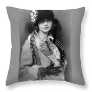 Lillian Gish 1922 Throw Pillow