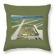 Lincoln Il Airport Throw Pillow