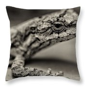 Lizard In Bw Throw Pillow