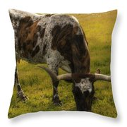 Long Horn Mid Fall Throw Pillow