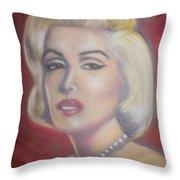 Marilyn Throw Pillow