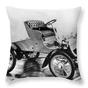 Model A Ford, 1903 Throw Pillow