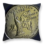 New York 2001 Throw Pillow