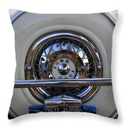 New York Style Throw Pillow