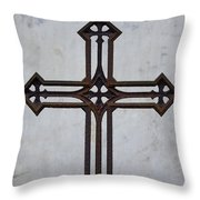 Old Rusty Vintage Cross Throw Pillow