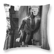 Oscar Wilde Monument Throw Pillow