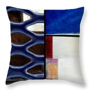 p HOTography 66 Throw Pillow