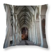 Perpendicular Cross Vault Throw Pillow