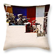 Putters Throw Pillow